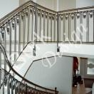 Treppengelände aus geschmiedeten Eisen, Handlauf aus Edelstahl