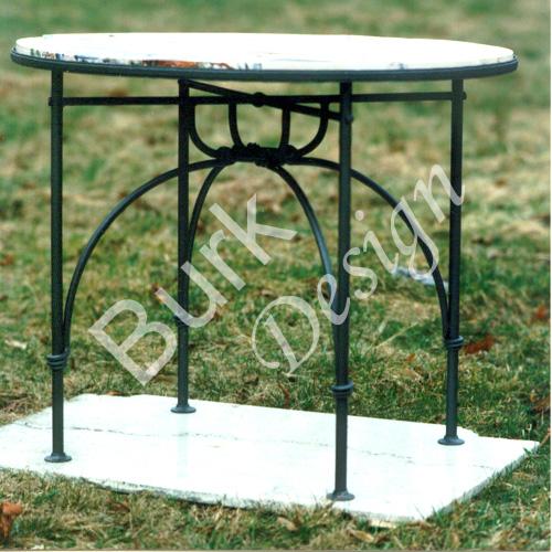 Geschmiedeter Tisch aus Eisen